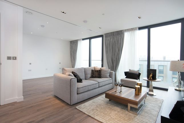Thumbnail Flat to rent in Cashmere House, Goodmans Fields, Aldgate