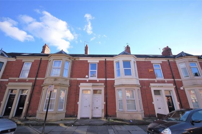 Thumbnail Flat for sale in Hazelwood Avenue, Jesmond, Newcastle Upon Tyne