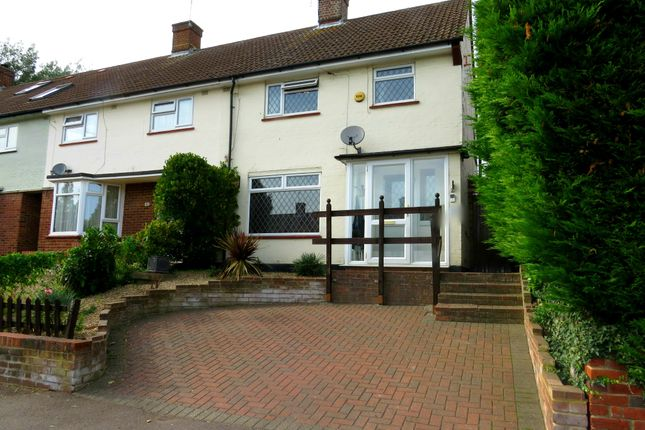 Thumbnail Property to rent in Newhouse Crescent, Watford