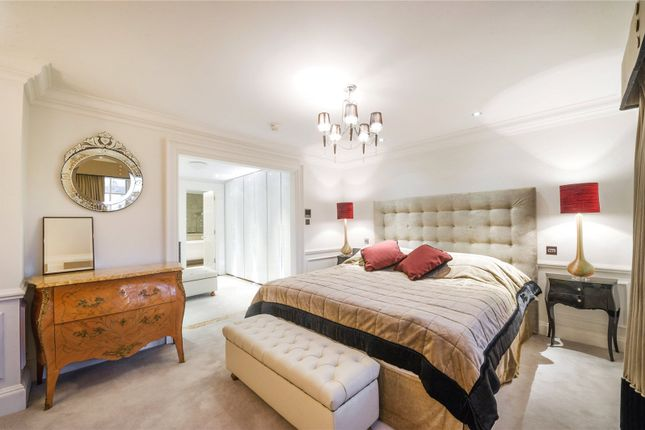 Thumbnail Maisonette to rent in Warwick Avenue, Little Venice, Maida Vale, London