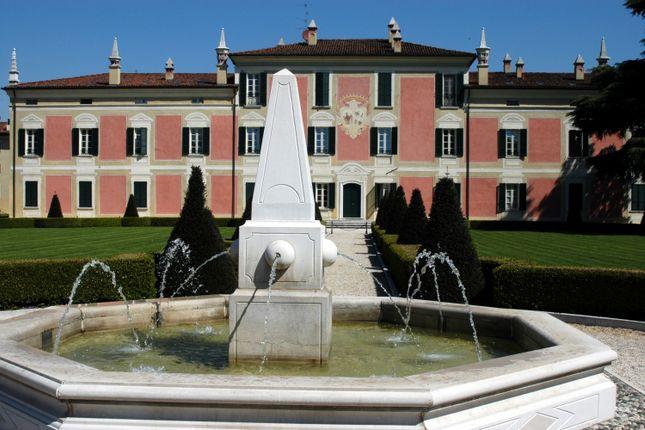 Via Del Lavoro, La Baitella, Castegnato, Brescia, Lombardy, Italy