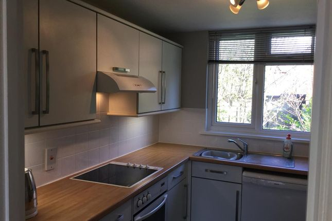 Thumbnail Flat to rent in Cranston Road, East Grinstead