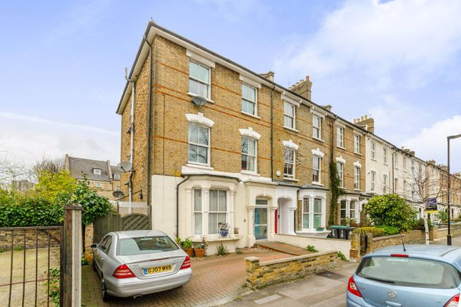 Thumbnail Property for sale in Lorne Road, Finsbury Park