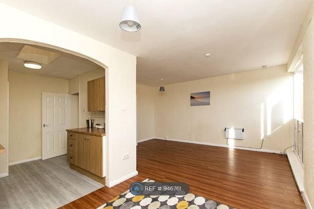 2 bed flat to rent in Main Street, Billinge, Wigan WN5