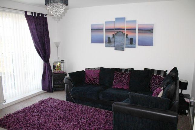 4 bed property to rent in Lambwath Hall Court, Bransholme, Hull HU7