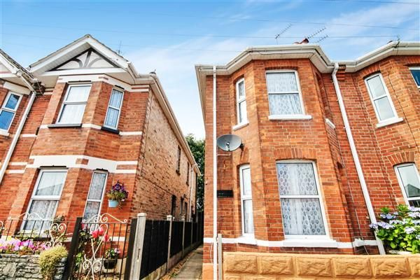 Thumbnail Semi-detached house to rent in Rebbeck Road, Boscombe, Bournemouth