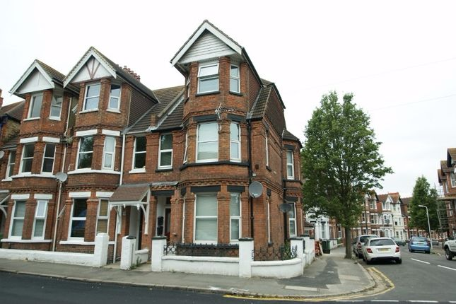 1 bed flat to rent in Broadmead Road, Folkestone CT19