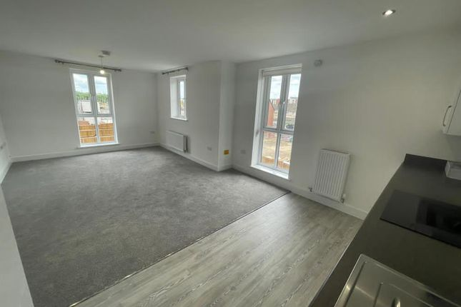 2 bed flat to rent in Hawes Way, Waverley, Rotherham S60