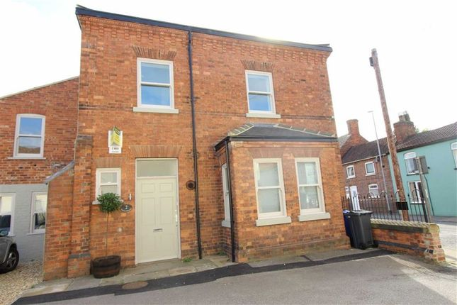 Thumbnail Semi-detached house to rent in Oxford Street, Market Rasen