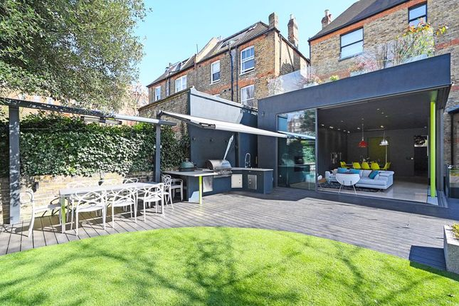Thumbnail Semi-detached house to rent in Canfield Gardens, Hampstead