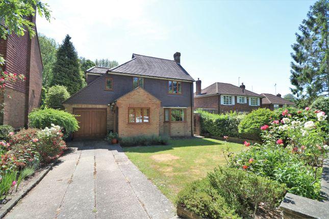 Thumbnail Detached house for sale in Ballards Way, Croydon