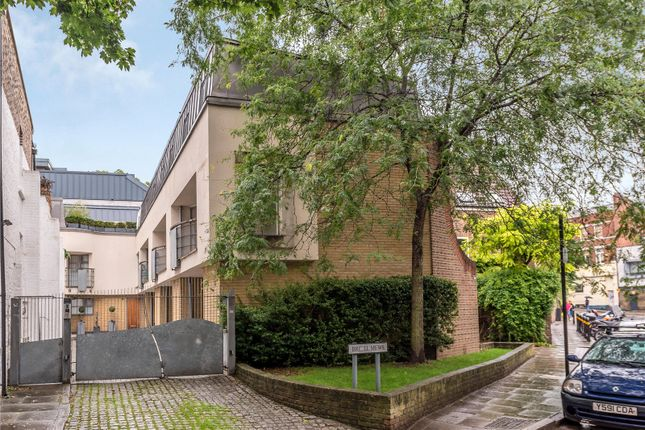 Thumbnail End terrace house to rent in Bridel Mews, Colebrooke Row, Angel, Islington