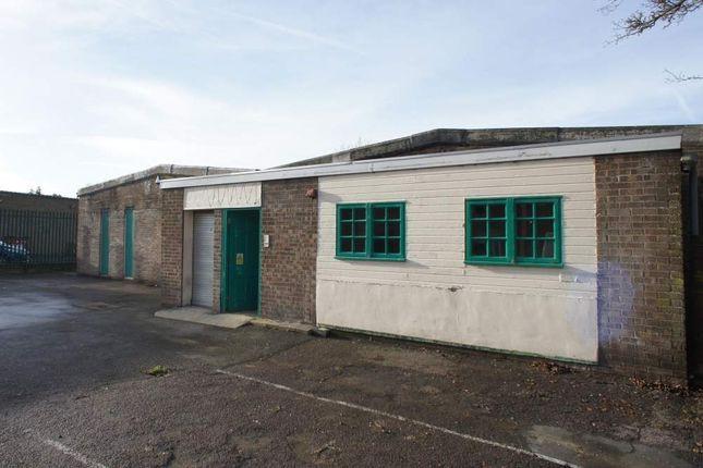 Thumbnail Retail premises to let in Unit 2 Horsham Road, Swindon, Wiltshire