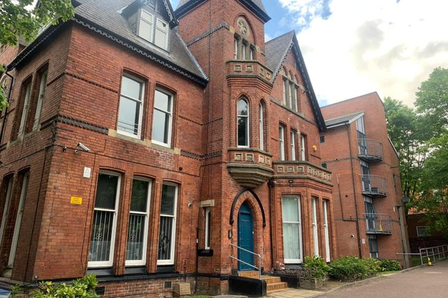 Terraced house to rent in Clarendon Road, Leeds, West Yorkshire