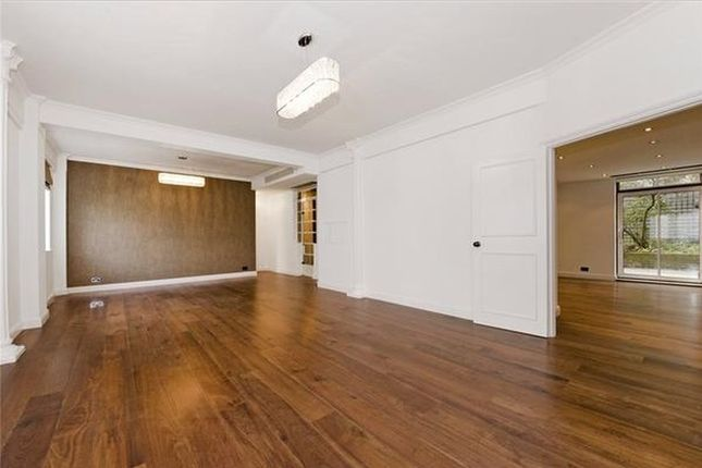 Thumbnail Property to rent in Albion Gate, Albion Street, Mayfair, London