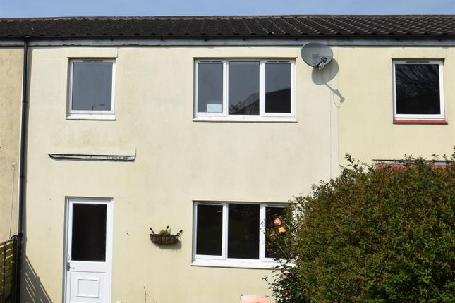 Thumbnail Terraced house to rent in Gwelmeneth, Helston