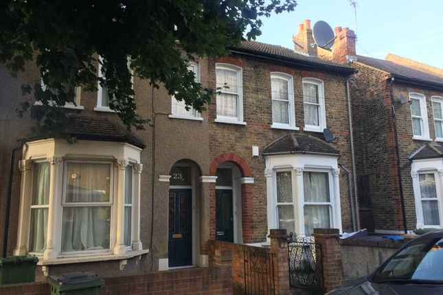 Thumbnail Flat to rent in Delafield Road, London