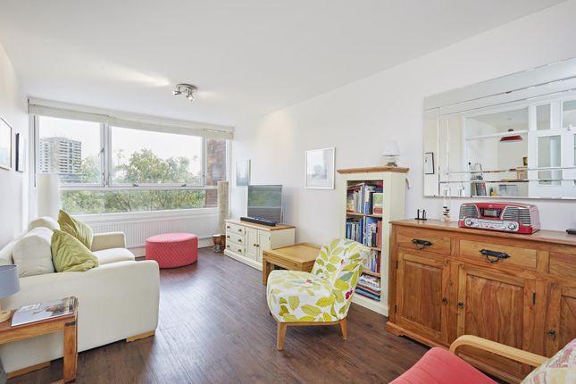 Thumbnail Flat for sale in Tachbrook Street, Lillington Gardens, Pimlico, London