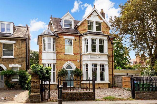 Thumbnail Property for sale in Mortlake Road, Kew
