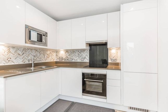 Thumbnail Flat for sale in High Street, Stratford