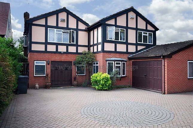 Thumbnail Property to rent in Manor Road, Chigwell