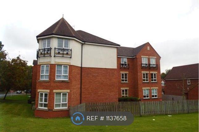 2 bed flat to rent in Britannia Close, Redditch B98