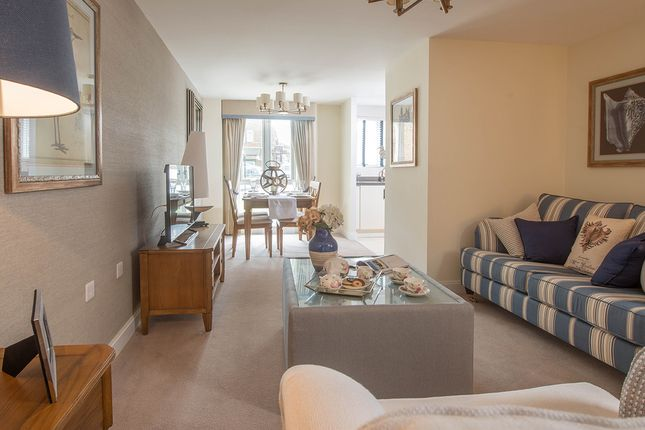 Thumbnail Flat for sale in St. Edmunds Terrace, Hunstanton