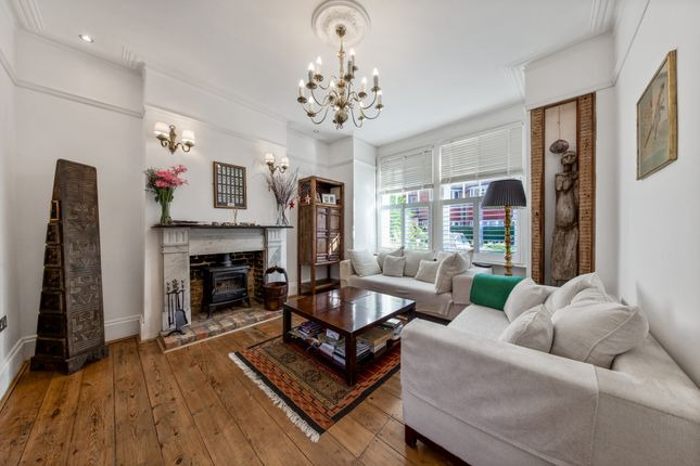 Thumbnail Terraced house to rent in Fairlawn Grove, Chiswick, London