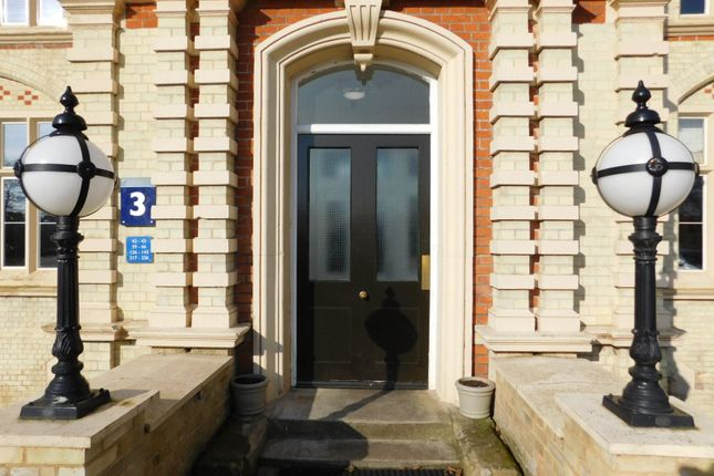 Thumbnail Flat for sale in South Wing, Kingsley Avenue, Fairfield Park, Stotfold, Herts