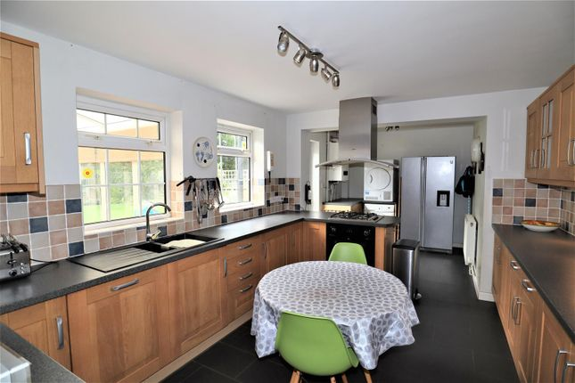 Dining Kitchen of Lime Tree Paddock, Scothern, Lincoln LN2