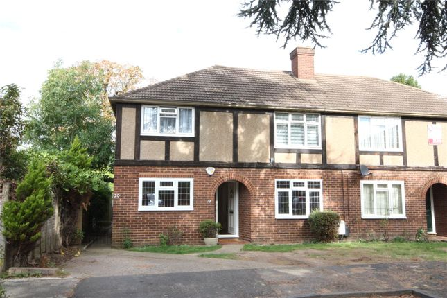 Thumbnail Maisonette for sale in Calder Close, Enfield, Middlesex