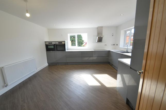 Thumbnail Link-detached house for sale in Smithfield Avenue, Trowell, Nottingham