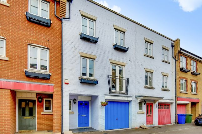 Thumbnail Town house for sale in Edgar Wallace Close, London