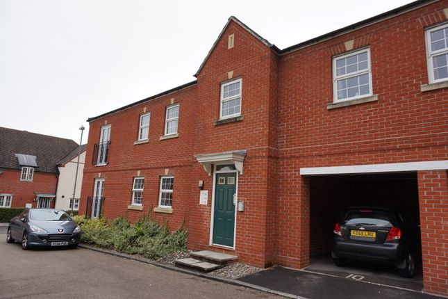 Thumbnail Flat for sale in Bridgwater Close, Salisbury, Wiltshire