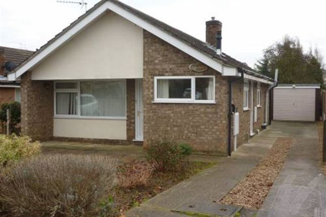 Thumbnail Bungalow to rent in Ripon Drive, Sleaford, Lincs