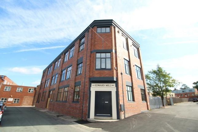 Thumbnail Flat to rent in Hatter Street, Congleton, Cheshire