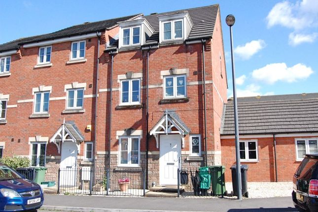 Thumbnail Property for sale in Potterswood Close, Kingswood, Bristol