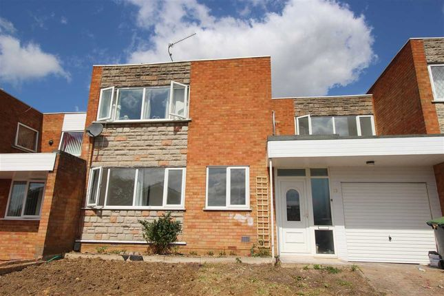 Thumbnail Shared accommodation to rent in Constable Hill, Bedford