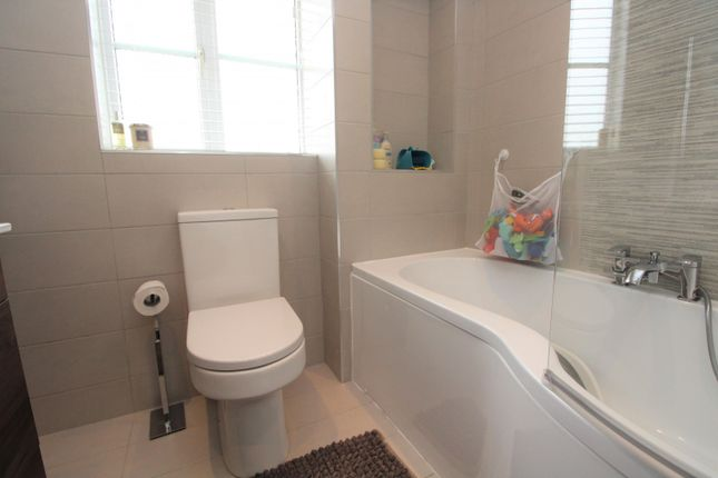 Bathroom of Glenwood Close, Radcliffe, Manchester M26