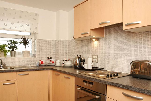 Thumbnail Flat to rent in Primrose Place, Isleworth