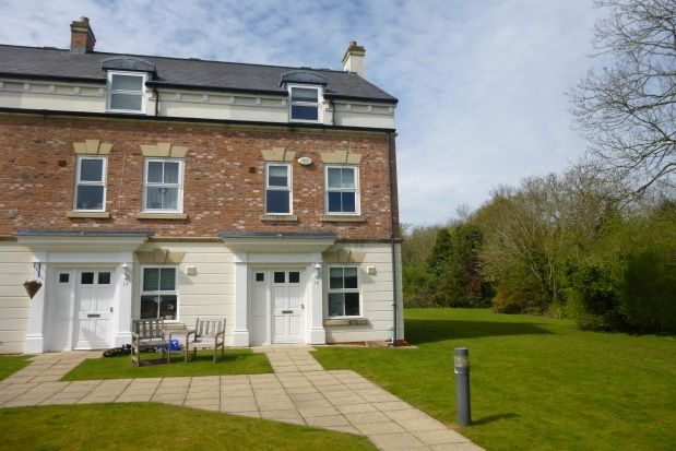 Thumbnail Mews house to rent in Chester High Road, Neston