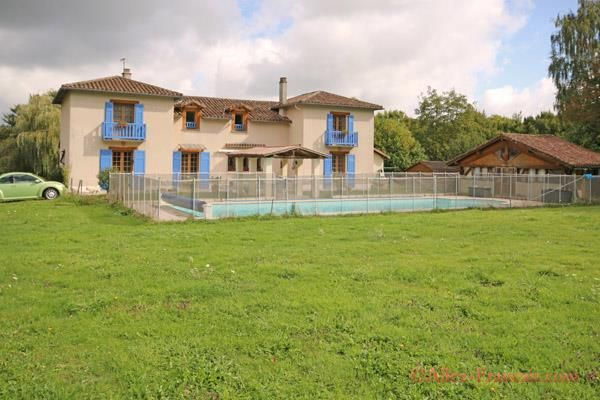 4 bed property for sale in Bellac, Haute-Vienne, 87300, France