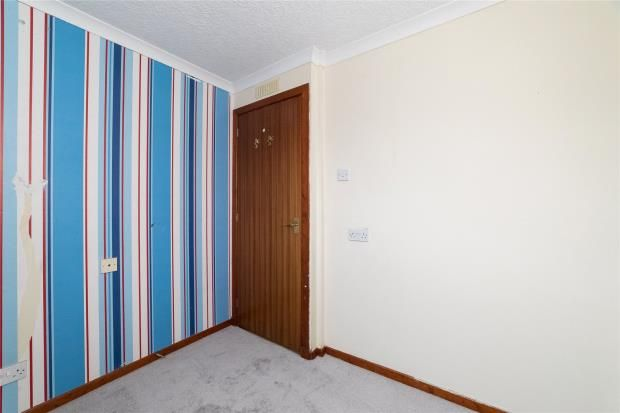 Bedroom of Uist Place, Perth PH1