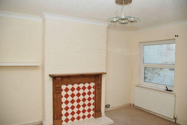 Warleigh Avenue Keyham Plymouth Pl2 4 Bedroom Terraced