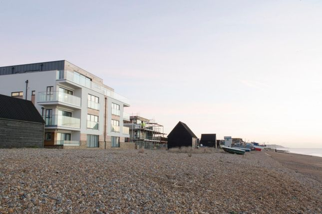 Thumbnail Flat for sale in Range Road, Hythe