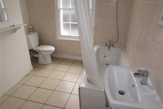 Bathroom of Queens Street, Maidenhead, Berkshire SL6