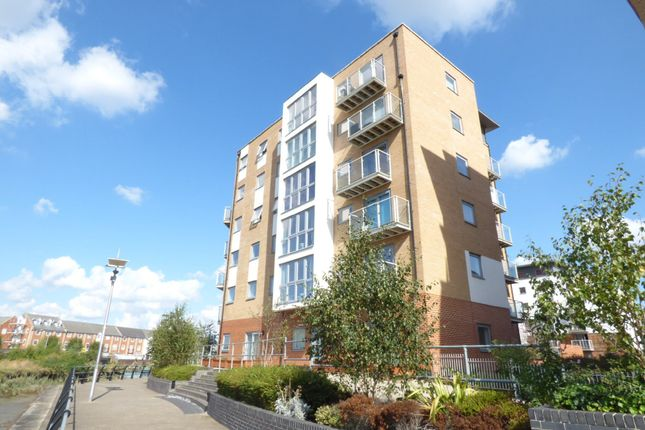 Thumbnail Flat for sale in Ship Wharf, Colchester