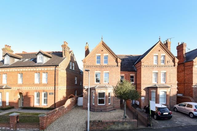 Thumbnail Semi-detached house for sale in Castle Crescent, Reading