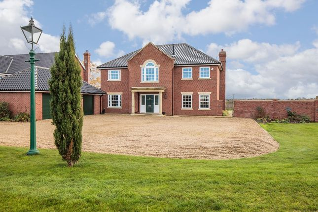 4 bed detached house for sale in Needham Road, Harleston