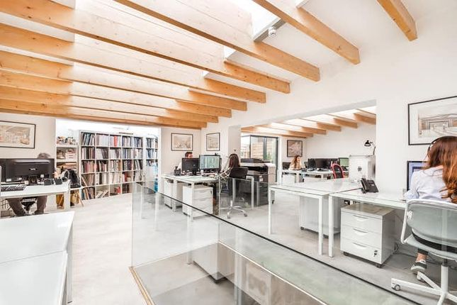 Office to let in Fulham High Street, Fulham And Hammersmith